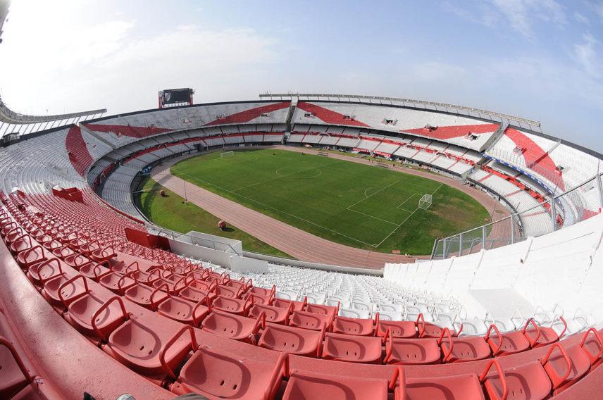 Cruzeiro e River Plate da Argentina terça 23