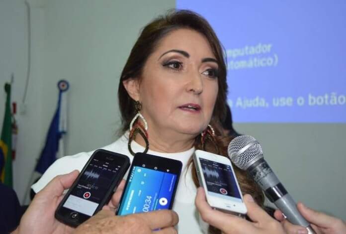 Liminar afasta Prefeita e de Secretária de Cultura de Manhuaçu, veja por quê
