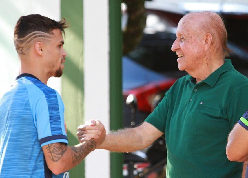 Agora do Flamengo, Michael se despede do Goiás e sonha alto no novo clube Vou viajar o mundo