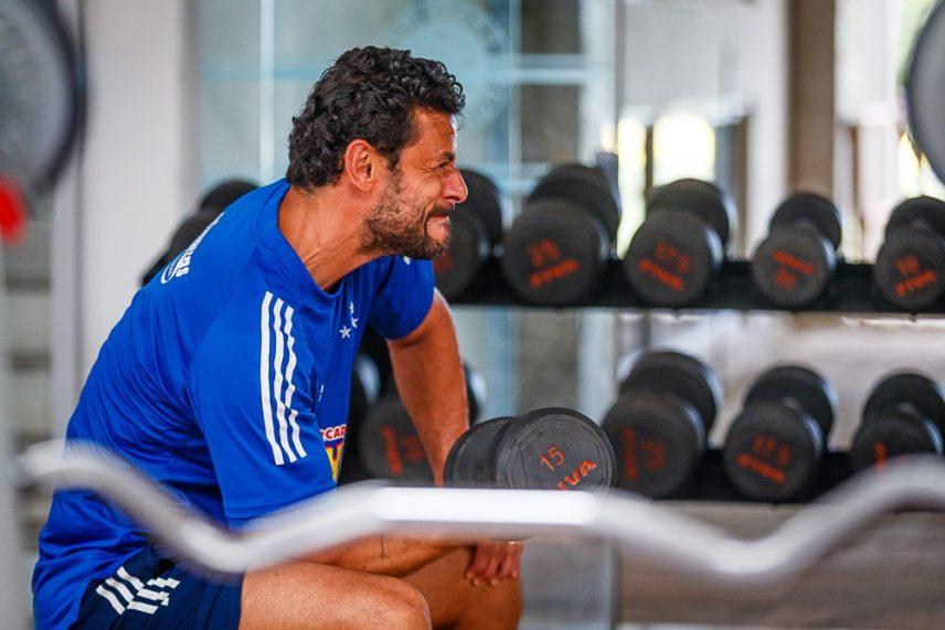 Mário Bittencourt nega acerto do Fluminense com Fred Segue vinculado ao Cruzeiro
