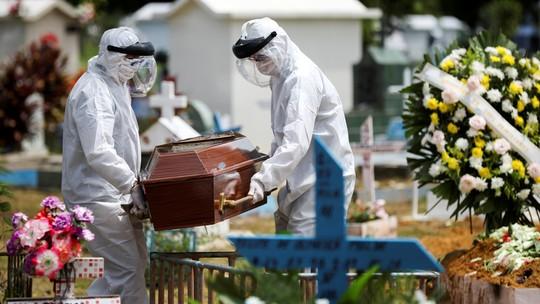 Curva de mortes de Covid-19 no Brasil está mais rápida que a da Espanha, dizem universidades